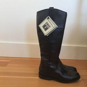 Frye Jayden Button Tall Boot size 8.5